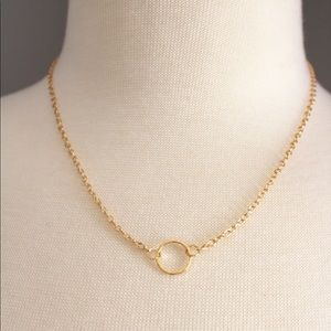 Simple Gold Circle Pendant Necklace